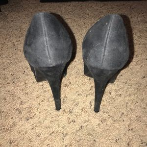 Shoes - Black Suede High Heels Size 7.5